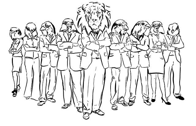 Comicfiguren stehen als Löwen und Tiger in Anzügen da